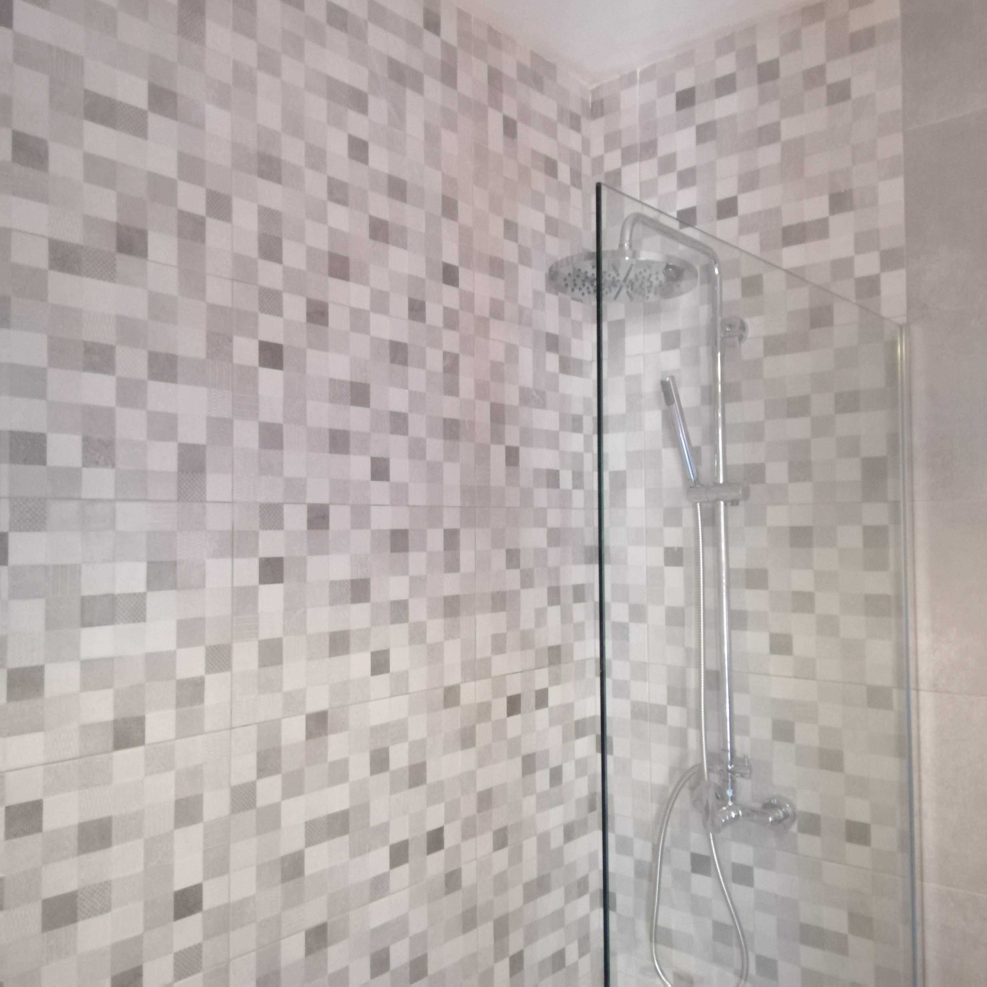 alicatar-ducha-baño-torrevieja
