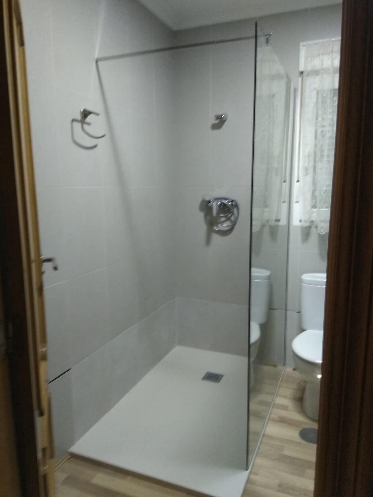 cambiar-bañera-por-plato-ducha-torrevieja