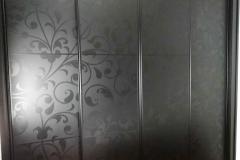 armario-a-medida-con-vinilo-wardrobe-custom-torrevieja-carpinteria-madera