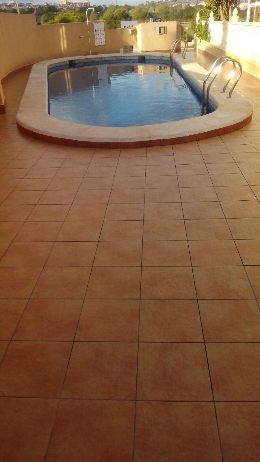 empresa de reformas orihuela pavimentado piscina
