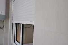 ventana-corredera-aluminio-persiana-torrevieja
